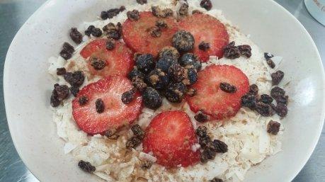 strawberry oatmeal